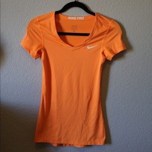 fitted nike pro top